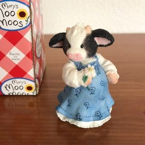 Mary Moo Moos Expectant Mother